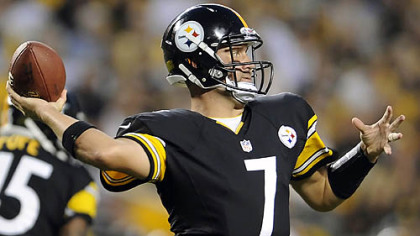 Steelers quarterback Ben Roethlisberger looks to pass against the Colts.