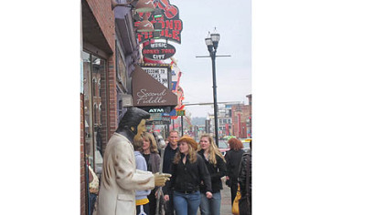 Nashville's honky-tonks feature live music day and night.