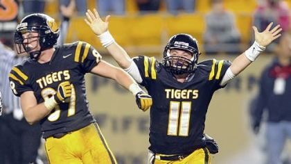 North Allegheny quarterback Mack Leftwich (11), with Jack Henderson, threw for more than 2,000 yards last season.