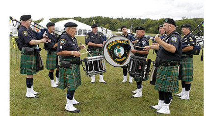The Pittsburgh Police Emerald Society Pipes and Drums.