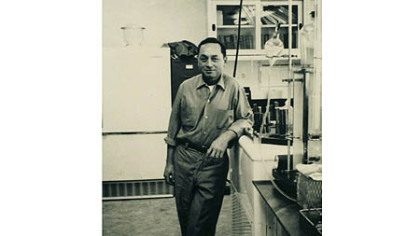 A 1964 photo of Bob Phillips in Dr. Starzl's laboratory.