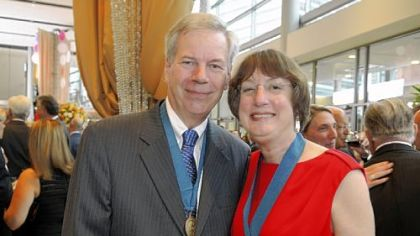 Dr. Thomas Kensler and Dr. Nancy Davidson.