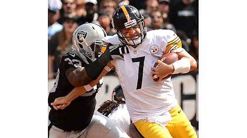 Roethlisberger plays good game statistically, teammates fail to…