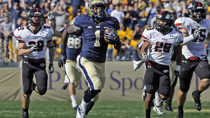 Pitt's Ray Graham breaks for a touchdown run in the first quarter against Gardner-Webb.