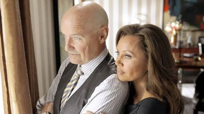Terry O&#039;Quinn and Vanessa Williams preside over a mysterious apartment building in &quot;666 Park Avenue.&quot;
