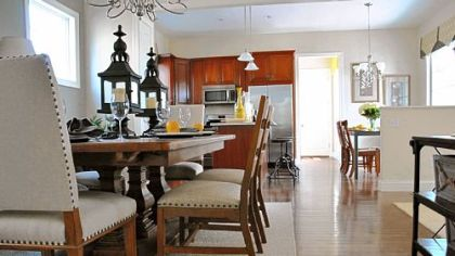 In Edgewater at Oakmont, the open floor plan allows the dining room to flow into the kitchen.