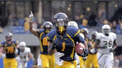Tavon Austin had 14 receptions for 215 yards and two touchdowns including this one of 45 yards in the third quarter.