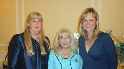 Fran Donohue, Patty Orringer and Sue Smerdell.