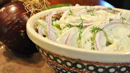 Mizeria (Polish Cucumber Salad).