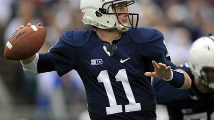 Penn State quarterback Matthew McGloin passes during the second quarter of today's game against Northwestern in State College.