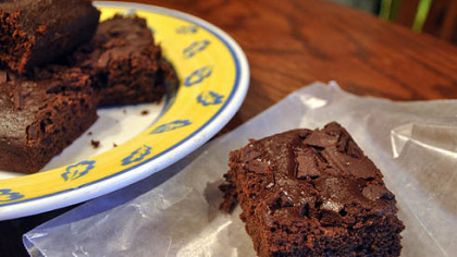 Light Chocolate-Chunk Brownies