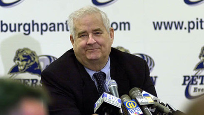 In this 2010 photo, Carroll &quot;Beano&quot; Cook speaks to the media after having a room dedicated to him in the Petersen Events Center at the University of Pittsburgh.