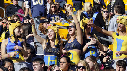 Pitt fans get in the mood for homecoming football as the Panthers prepare to take on Louisville at Heinz Field this morning.