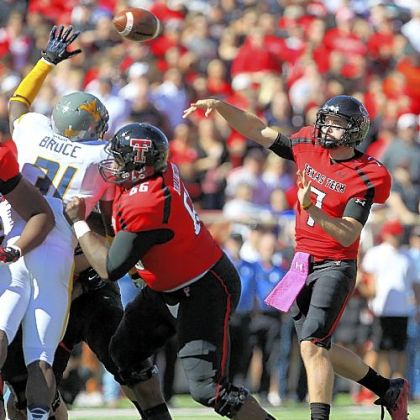 Texas Tech's Seth Doege won the quarterback battle with 499 yards passing and six touchdowns.