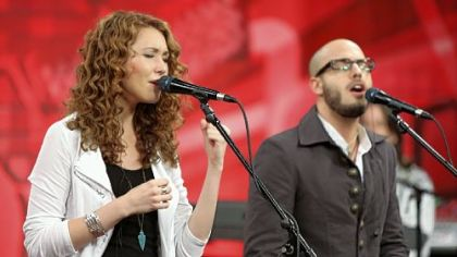 "Former Pittsburgher Loren Allred competes on ""The Voice."" See video of her battle-round victory at post-gazette.com."