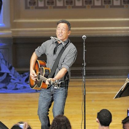 Bruce Springsteen performs at a rally at Soldiers & Sailors Memorial Hall in Oakland. The event was organized by Obama for America to support the campaign&#039;s effort to turn out the vote.