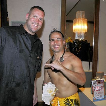 Ben Roethlisberger with Nick Muna and his conch shell.