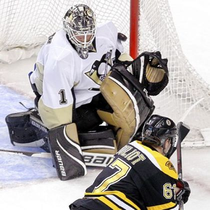 Former Penguins goalie Brent Johnson (1) might not play after the NHL lockout ends, so he is considering a coaching career.