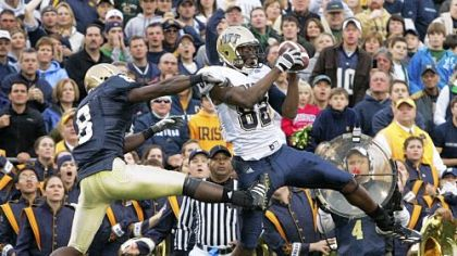 Pitt wide receiver Jonathan Baldwin catches a touchdown pass against Notre Dame in 2008.