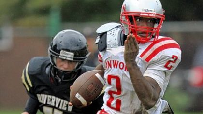 Avonworth's Andrew Broadus, picking up yardage against Riverview, played a key role in the victory against Northgate.