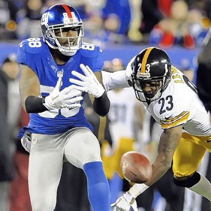 Steelers' Keenan Lewis is called for interference on the Giants' Hakeem Nicks in the second quarter.