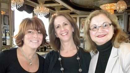 Chairs Andrea Haney, Peggy Versaw, and chair Joan Campasano Hoover.