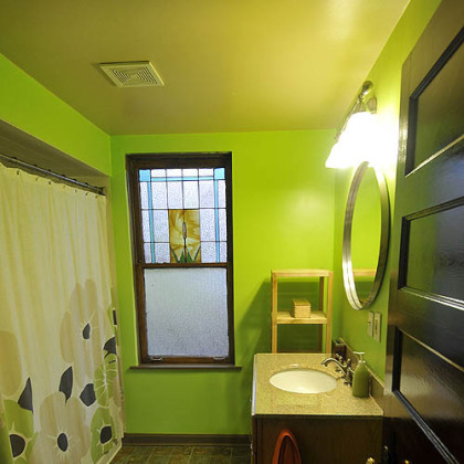 Vibrant second floor bathroom