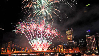 Here's a view from the Roberto Clemente Bridge of Light Up Night's fireworks display rising from the Warhol Bridge last night with Downtown's illuminated skyline as a backdrop.