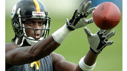 Former wide receiver Plaxico Burress will work out for the team on Tuesday.