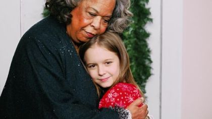 "Della Reese with Izabela Vidovic on GMC's ""the Christmas Angel,"" premiering tonight."