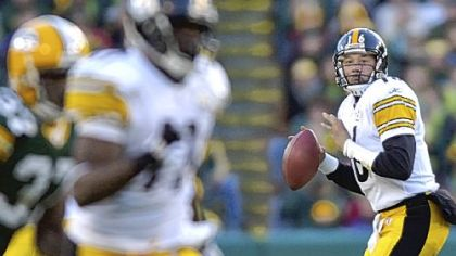 Charlie Batch will be the Steelers' third starting quarterback in three weeks.