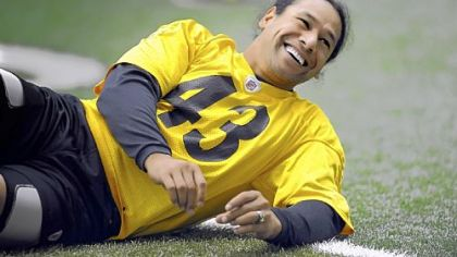 Steelers&#039; Troy Polamalu stretches during practice on the South Side Sept. 26.