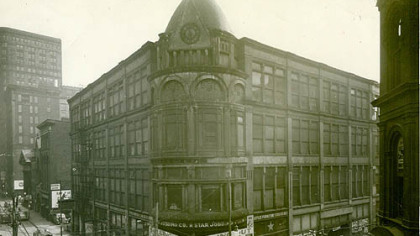 The Gusky Department Store was at the corner of Market 