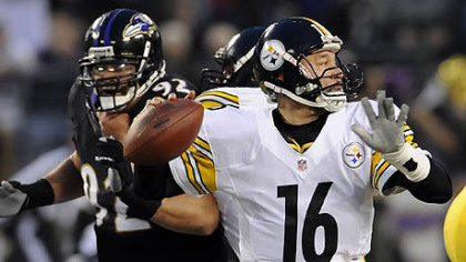 Steelers quarterback Charlie Batch drops back to pass against the Ravens in the first quarter Sunday in Baltimore.