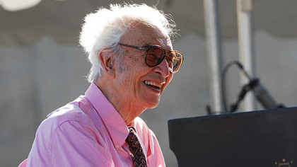 Dave Brubeck performs at the 2007 Detroit International Jazz Festival.