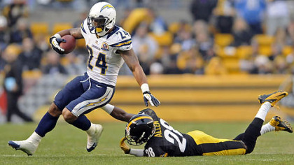 Chargers' Ryan Mathews gets by Steelers' Cortez Allen in the third quarter Sunday at Heinz Field.