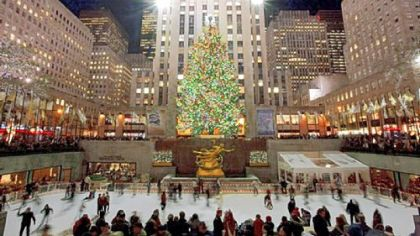 The giant Christmas tree and ice rink at Rockefeller Center are centerpieces of New York City's Christmas tradition.
