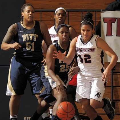 Senior  Jocelyn Floyd, going for a loose ball against Pitt, leads the nation in steals.