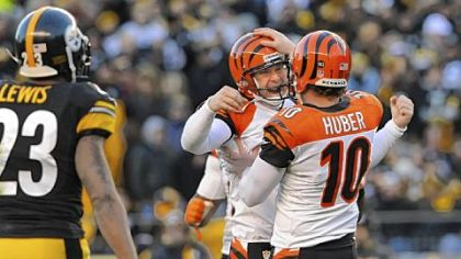 Bengals' kicker Josh Brown and holder Kevin Huber celebrate their winning field goal near the end of the fourth quarter Sunday at Heinz Field.